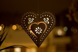 manMap hearts Christmas